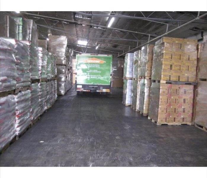 SERVPRO tackles warehouse flood